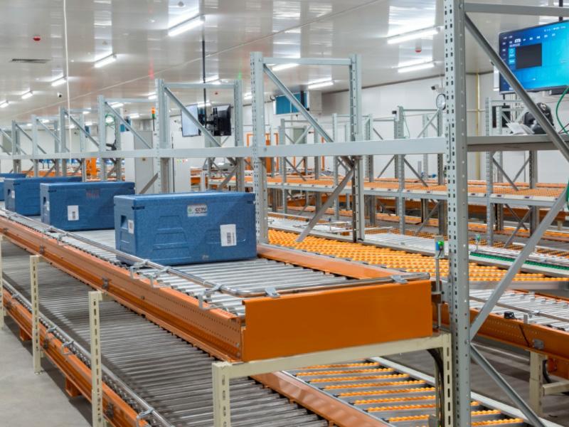 蟹状元智能工厂,减少人工接触式生产流水线